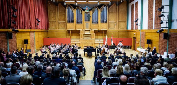Zuglói díjátadó gála a Zeneházban