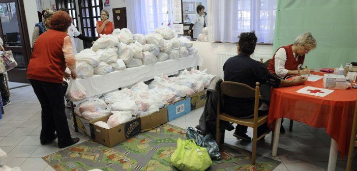 Kilencven családnak segítettek Zuglóban