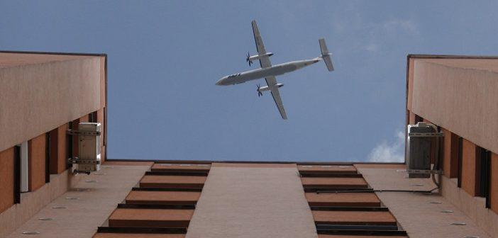 Karácsony Gergely: Akár a légiforgalom korlátozásával is, de a légtérzajt csökkenteni kell
