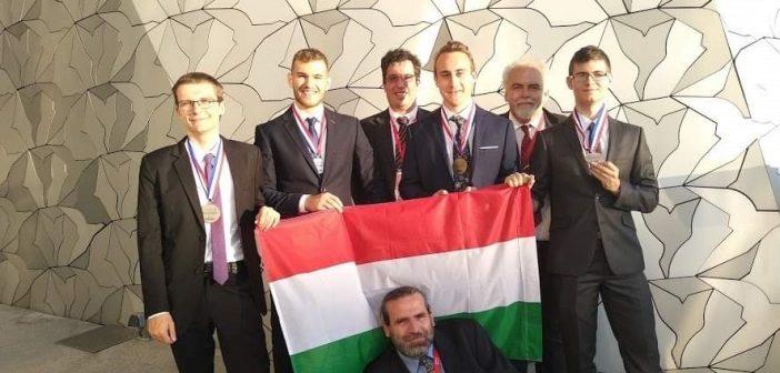 Újabb olimpiai érmet nyert a zuglói gimnazista