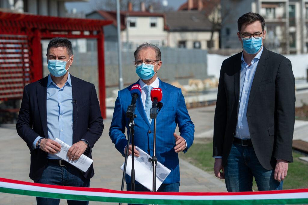 Horváth Csaba, Tóth Csaba és Karácsony Gergely sajtótájékoztatót tart